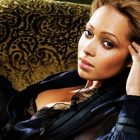 vibe-tamia-still