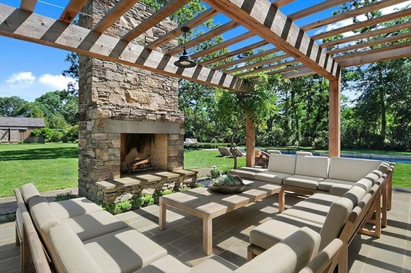 heres-another-one-of-the-gorgeous-outdoor-entertaining-areas-complete-with-a-fireplace