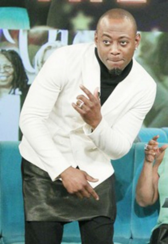 2-Omar-Epps-Wears-A-Skirt-On-The-View