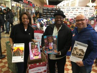 2016-childrens-toy-drive-12
