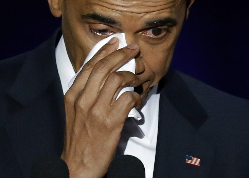 barack-obama-crying-farewell_ap-images