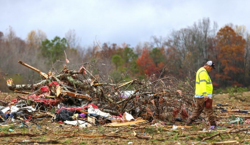 severe-storms-alabama_ap-images